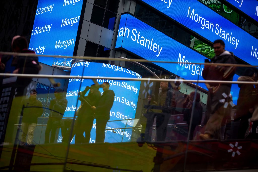Morgan Stanley S Rich Clients Withdrew A Surprising Amount