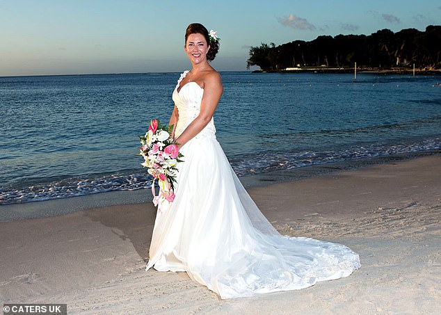 Heidi Crawford, pictured on her wedding day in 2014,was diagnosed with ovarian cancer claiming she was repeatedly misdiagnosed with a UTI for months