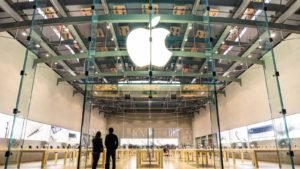 Apple Earnings Are Coming -- Here's Why You Don't Sell
