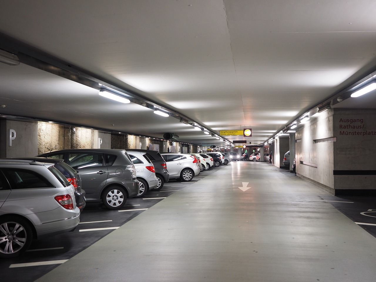 Parkos car parking